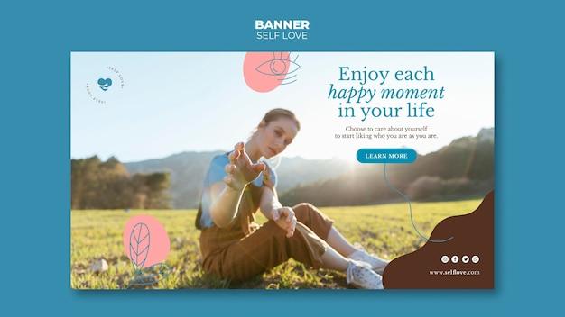 Modelo de banner horizontal para amor próprio e aceitação
