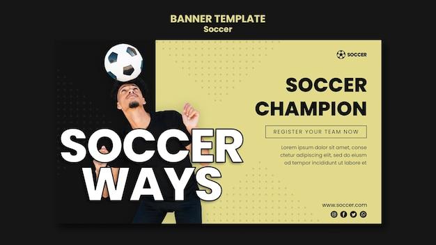 Modelo de banner horizontal para futebol com jogador masculino