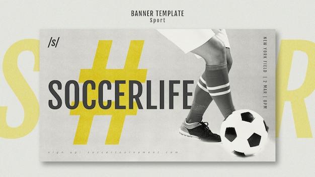 Modelo de banner moderno de jogador de futebol feminino