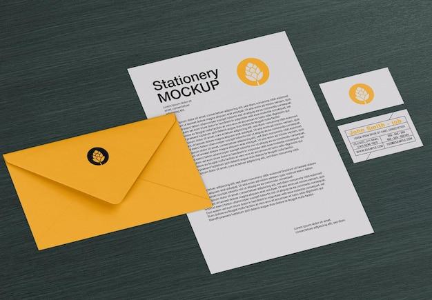 Modelo de branding de papelaria