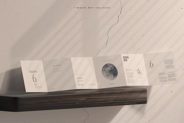 Modelo de brochura quadrada com seis dobras