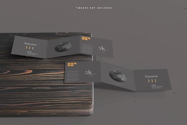 Modelo de brochura quadrada com três dobras