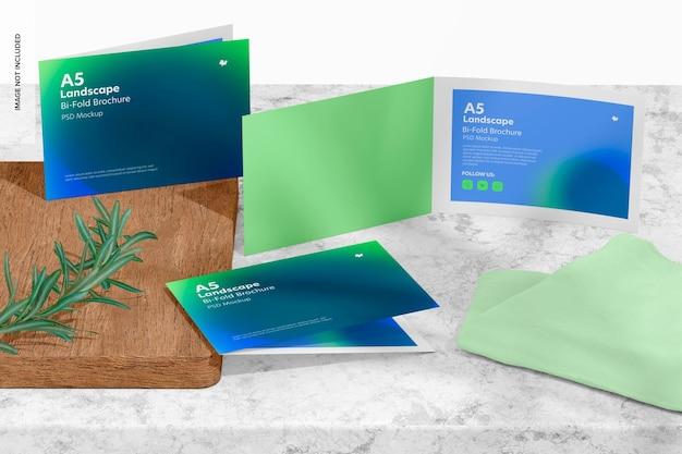 Modelo de brochuras com duas dobras em paisagem a5