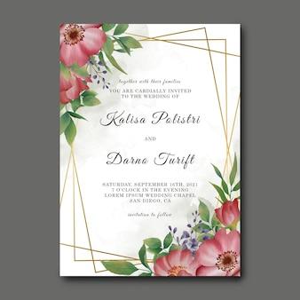 Modelo de cartão de convite de casamento com decorações florais em aquarela e molduras douradas