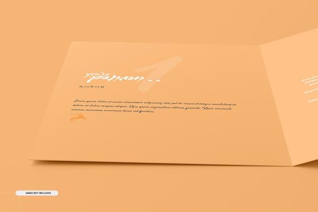 Modelo de cartão de convite dobrado a5 a6