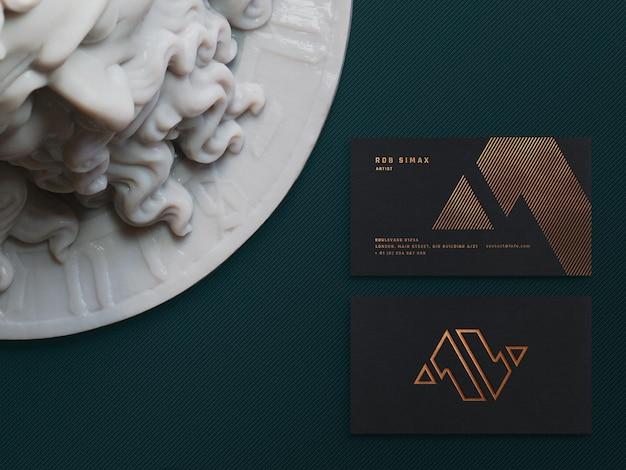 Modelo de cartão de visita de luxo escuro mokcup