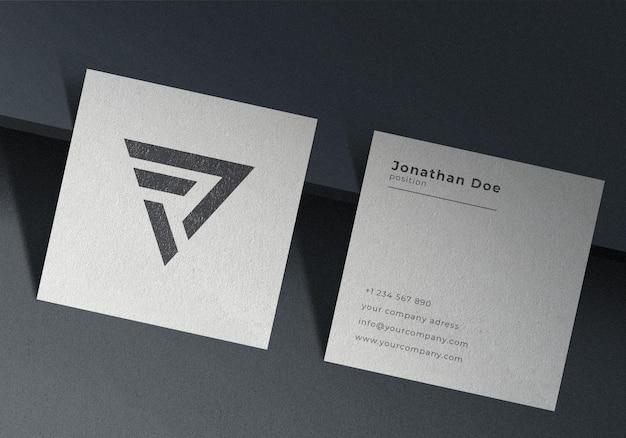 Modelo de cartão de visita quadrado minimalista