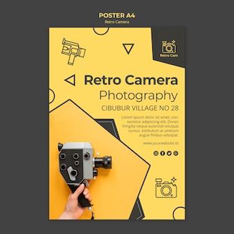 Modelo de cartaz de câmera retro