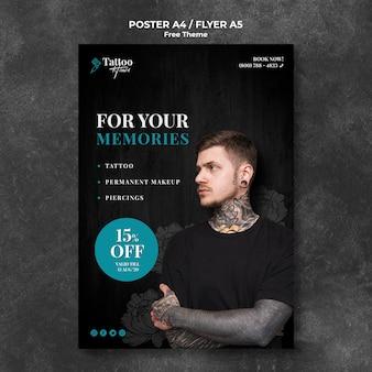 Modelo de cartaz profissional estúdio de tatuagem