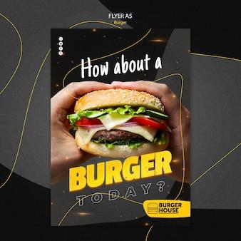 Modelo de design de folheto de hambúrguer