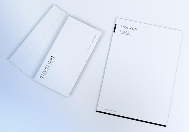 Modelo de design de maquete de envelope branco limpo para apresentação