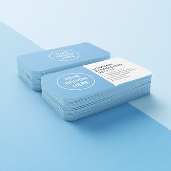 Modelo de design de maquete premium de duas pilhas de 90 x 50 mm pronto para usar cartão de nome de negócios horizontais com canto arredondado em vista superior