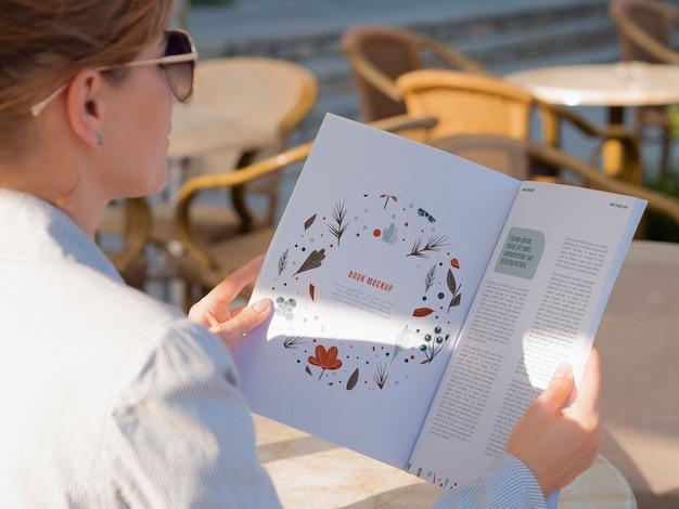 Modelo de design de páginas de revista