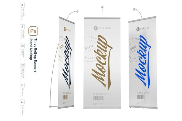 Modelo de estande de três banners enroláveis
