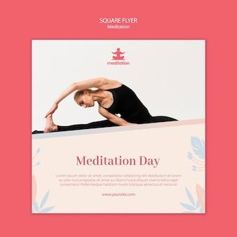 Modelo de folheto - aulas de meditação com foto de mulher exercitando
