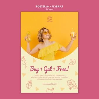 Modelo de folheto com design de festa de verão