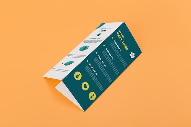 Modelo de folheto com três dobras brochura