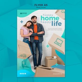 Modelo de folheto - conceito de casa em movimento