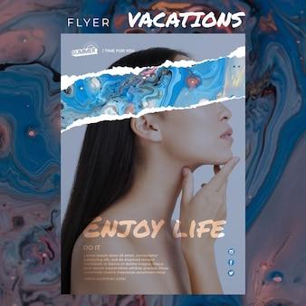 Modelo de folheto - conceito de férias