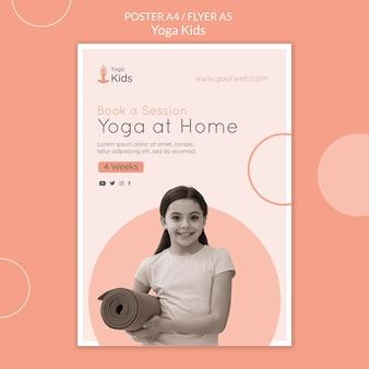 Modelo de folheto de conceito de ioga