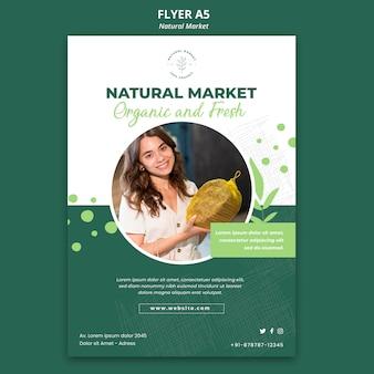 Modelo de folheto de conceito de mercado natural