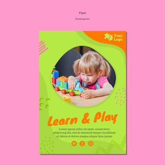 Modelo de folheto de jardim de infância com foto