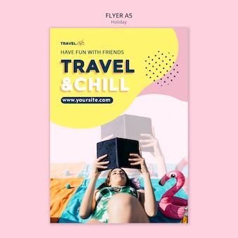 Modelo de folheto de viagens e descontração