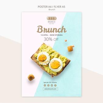 Modelo de folheto para oferta de brunch