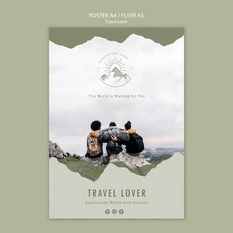 Modelo de folheto para viagens ao ar livre
