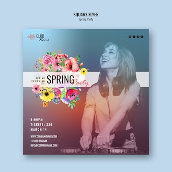 Modelo de folheto quadrado festa de primavera