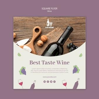 Modelo de folheto quadrado para degustação de vinhos com garrafa