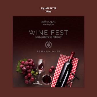 Modelo de folheto quadrado para degustação de vinhos