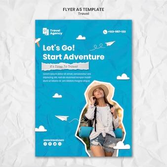 Modelo de folheto vertical de viagem com foto