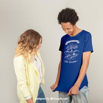 Modelo de impressão de camiseta