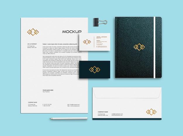Modelo de maquete de cartão de visita, papel timbrado, envelope e caderno