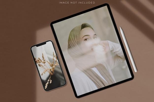 Modelo de mockups de tela de dispositivo digital para ipad pro, iphone para apresentação de marca, identidade corporativa, publicidade, negócios de marca