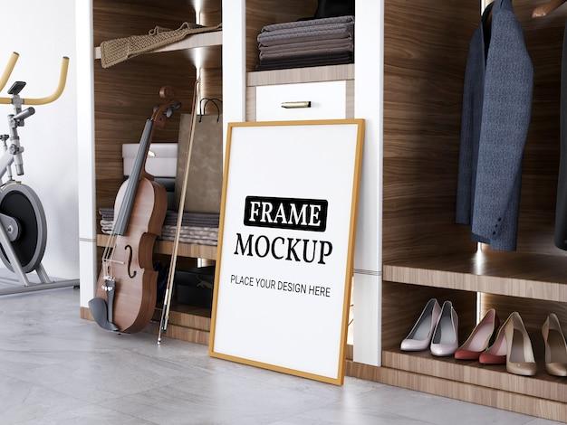 Modelo de moldura de foto realista no piso de ladrilho