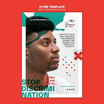 Modelo de panfleto de dia de discriminação zero com foto Psd grátis
