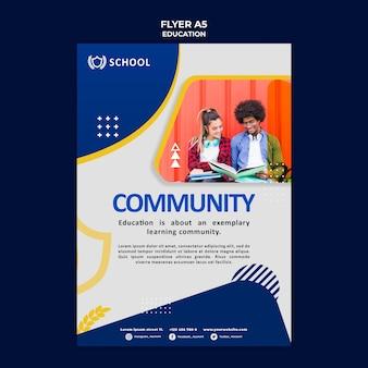 Modelo de panfleto de educação com foto