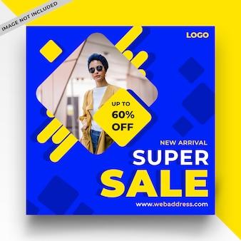 Modelo de postagem de mídia social de venda azul