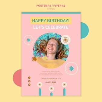 Modelo de pôster de comemoração de aniversário