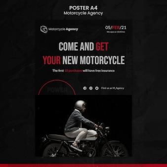 Modelo de pôster vertical para agência de motocicletas com piloto masculino