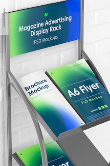 Modelo de rack de exibição de publicidade em revistas, close-up