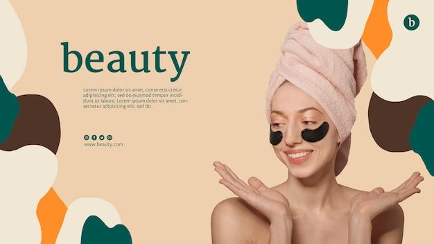 Modelo de site de beleza com uma mulher