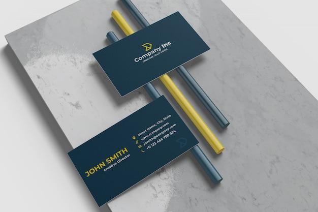 Modelo minimalista de cartão de visita