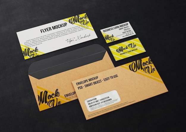 Moderno conjunto de artigos de papelaria para a marca
