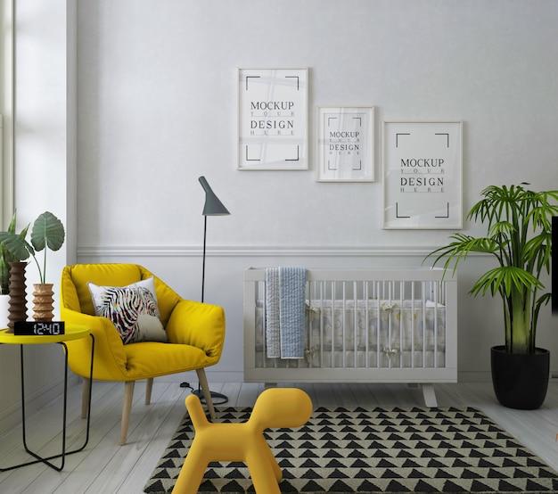 Moldura de pôster de maquete na moderna sala de berçário com chiar de braço amarelo