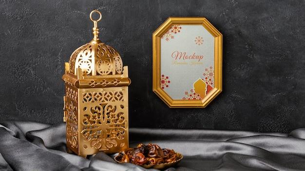 Moldura dourada do ramadã árabe