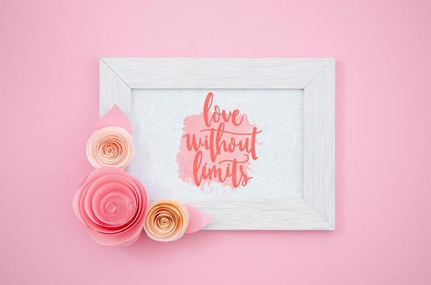 Moldura floral elegante com mensagem positiva