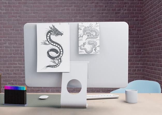 Monitor moderno no escritório interno